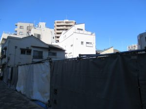 西早稲田の交差点横